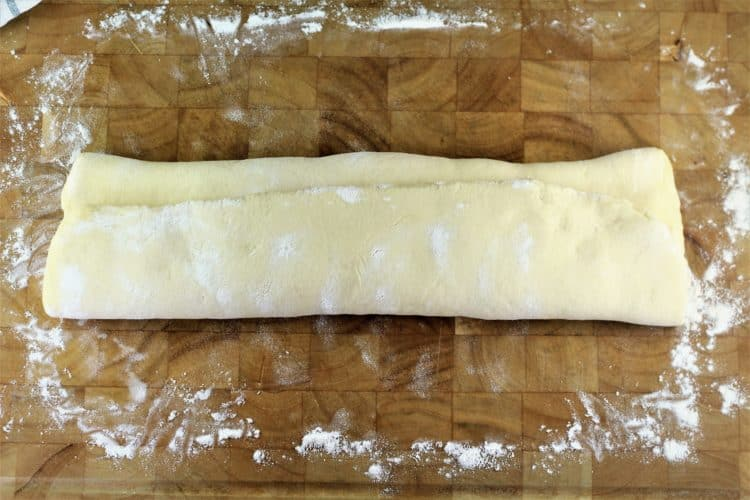 shaping semolina bread dough