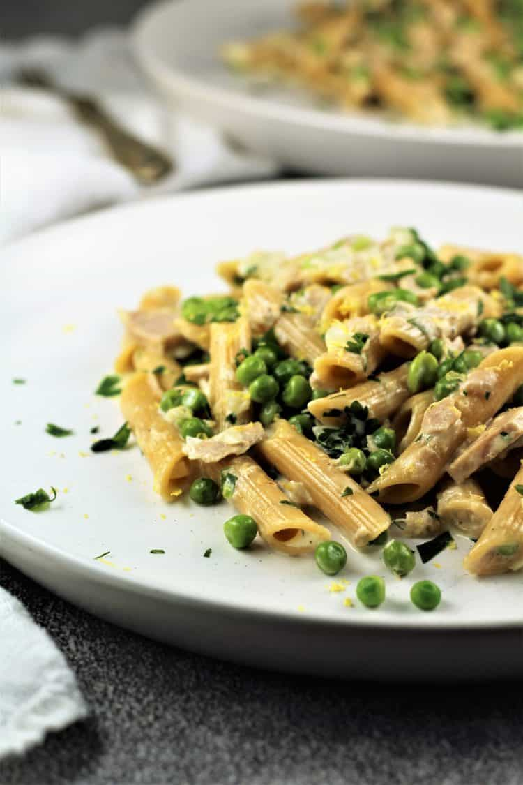 Pasta with Tuna and Peas in a Cream Sauce