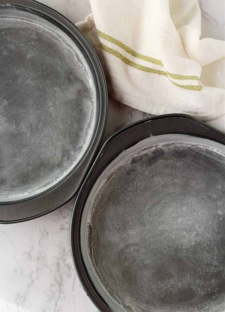 2 round cake pans greased and floured