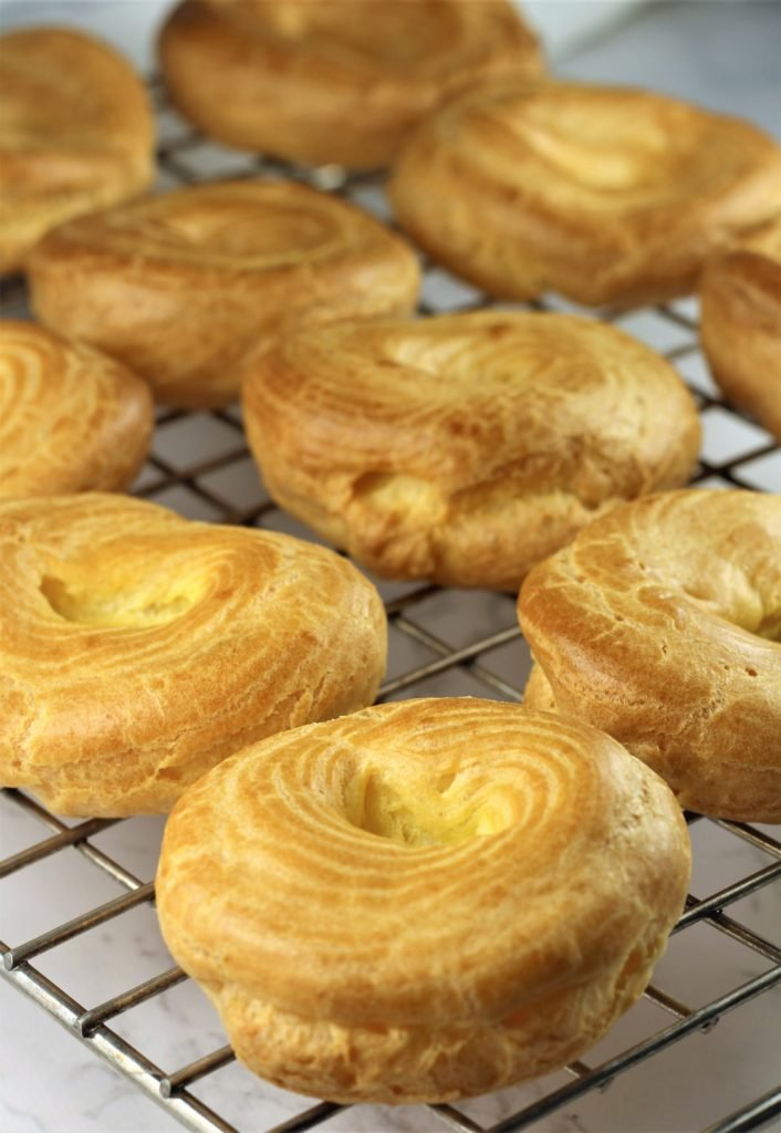 baked choux for zeppole for St-Joseph's Day on wire cooling rack